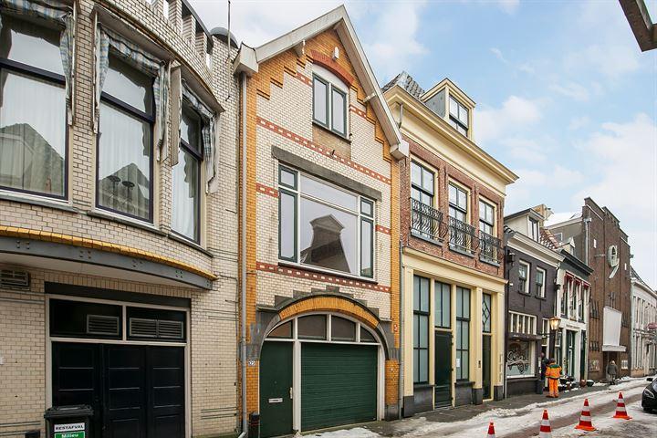 Boven Nieuwstraat 123