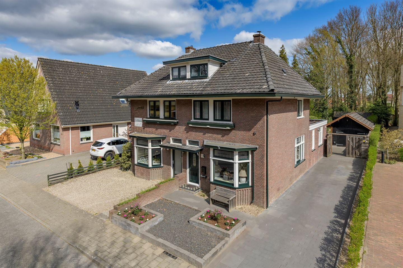 View photo 1 of Zutphensestraat 127 2