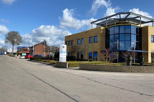 Bekijk foto 4 van Industrieweg 19