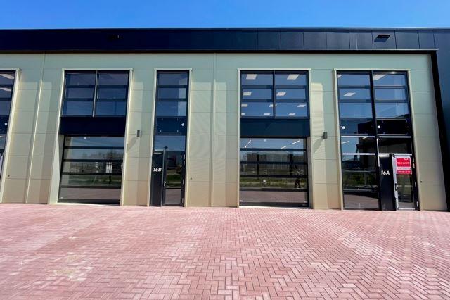 Bekijk foto 3 van De Corridor