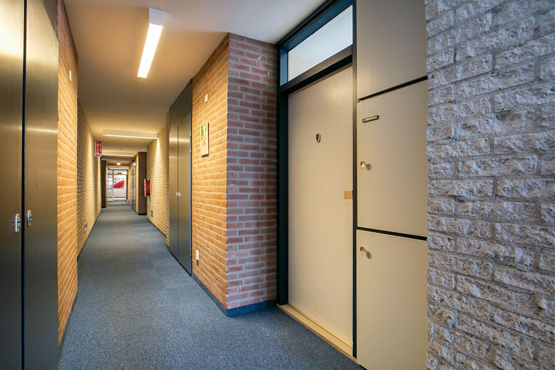 Bekijk foto 4 van Waterlooplein 503