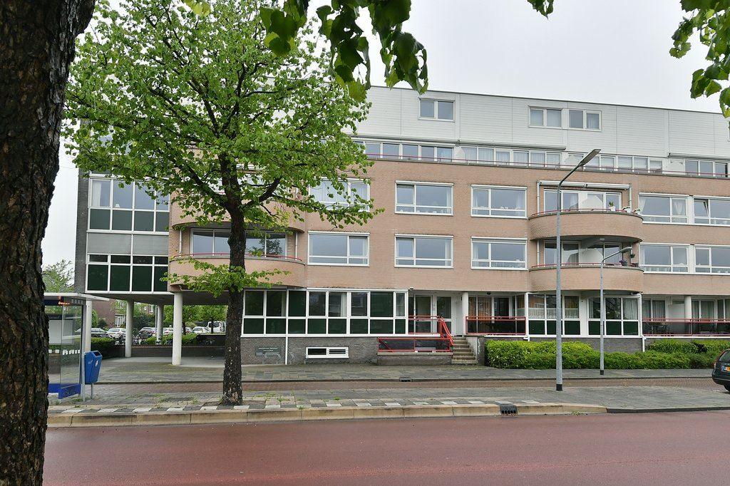 Bekijk foto 1 van Van Riebeeckweg 43 A - B