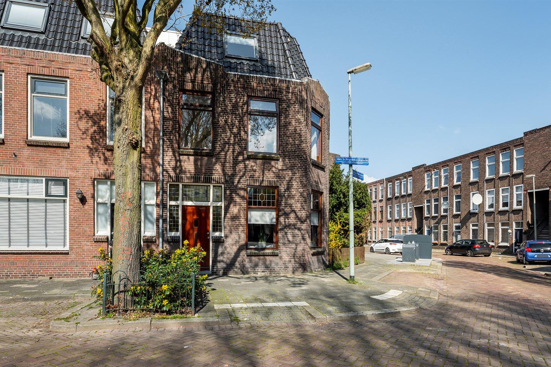 Bekijk foto 1 van van Schravendijkplein 59