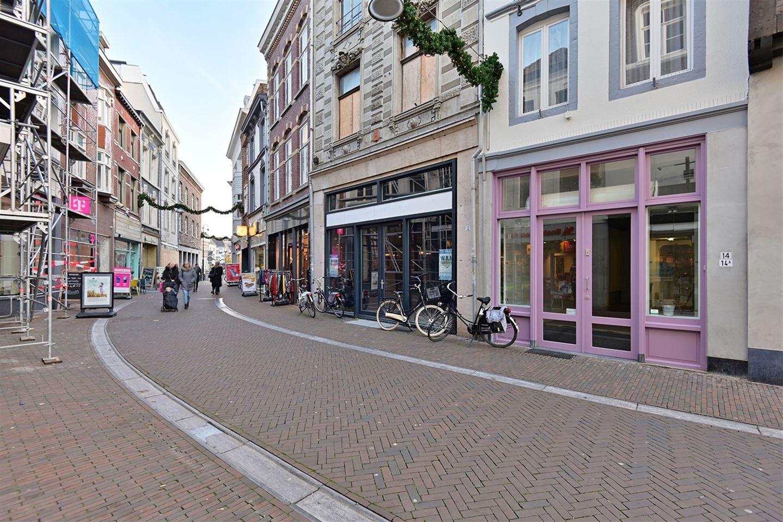 Bekijk foto 3 van Limbrichterstraat 14