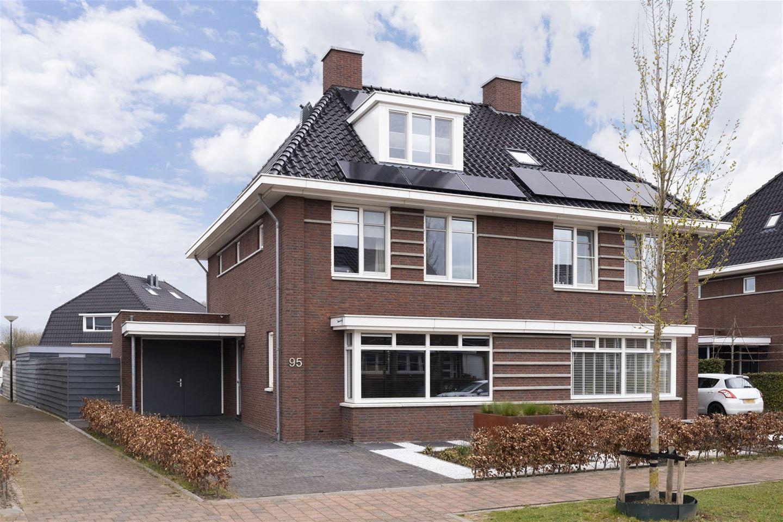 Bekijk foto 1 van Ravelijn 95