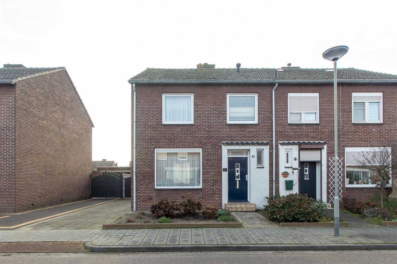 Bekijk foto 2 van Doctor Nolensstraat 16