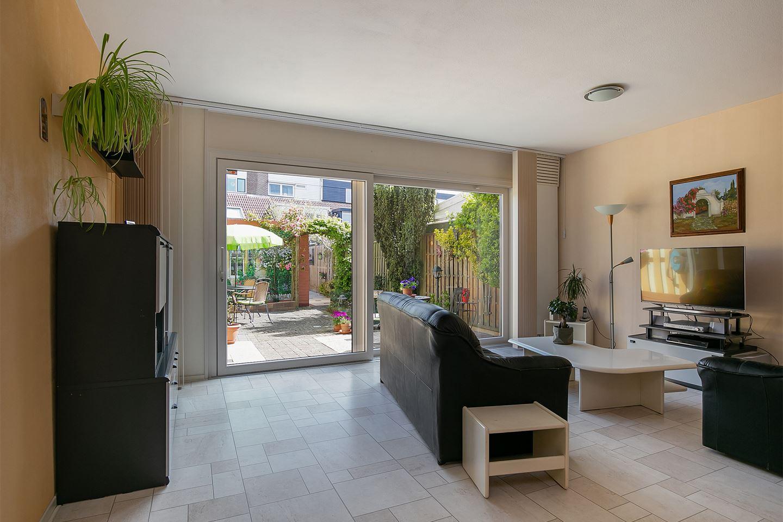 Bekijk foto 2 van Barcelonastraat 14