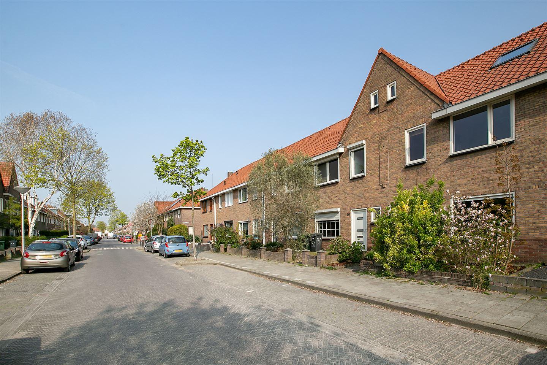 Bekijk foto 2 van Bergen op Zoomstraat 28
