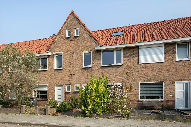 Bekijk foto 3 van Bergen op Zoomstraat 28