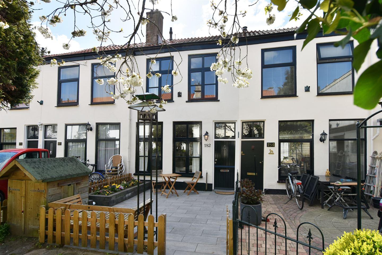 Bekijk foto 1 van Trompstraat 182