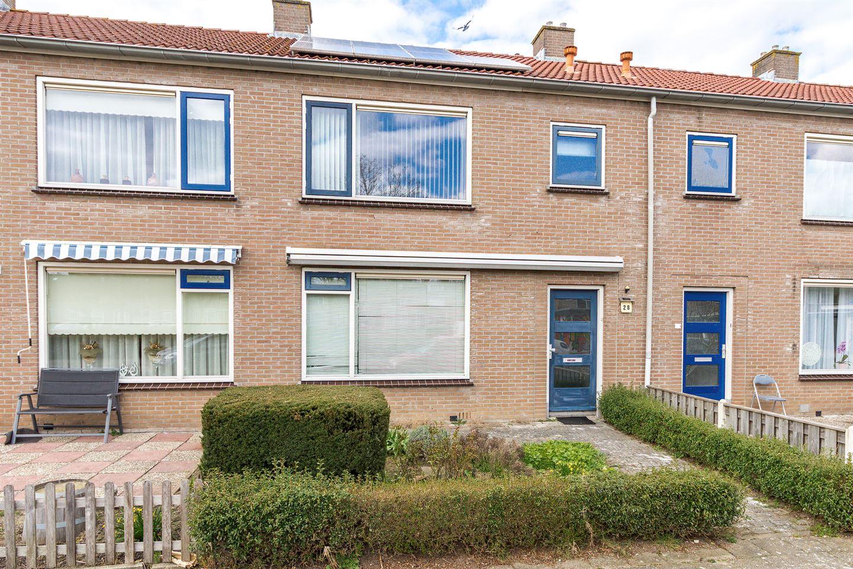 Bekijk foto 1 van van der Duyn van Maasdamstraat 28