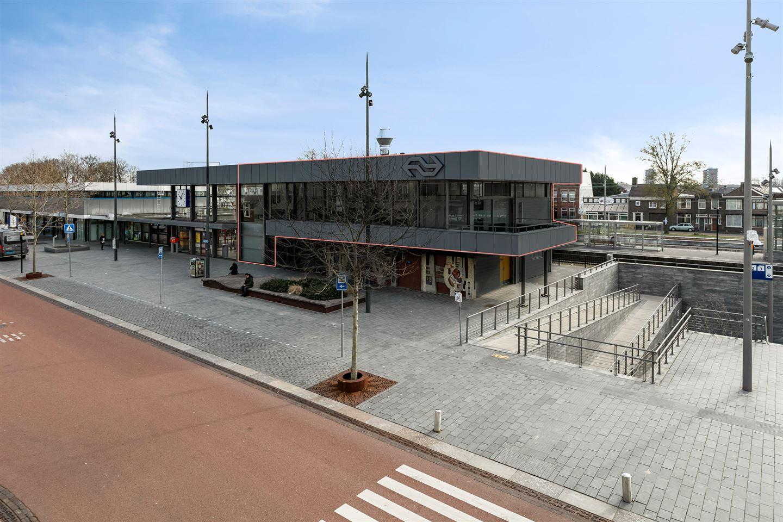 Bekijk foto 1 van Stationsplein 4
