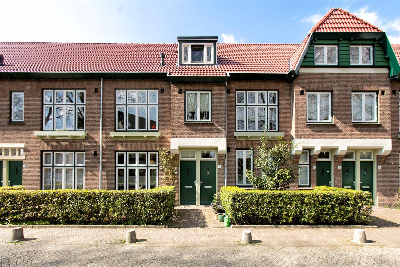 Bekijk foto 2 van Zwanenplein 81