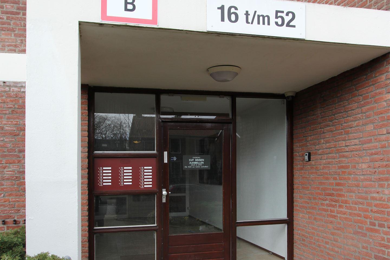 Bekijk foto 5 van Huygensweg 36