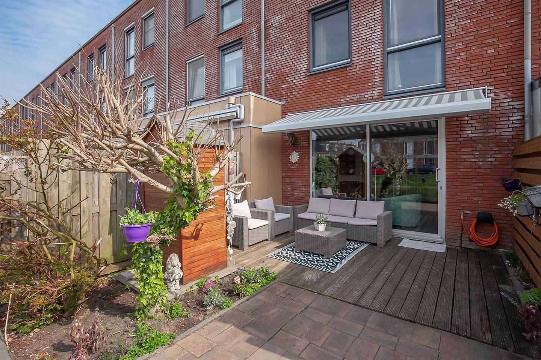 View photo 2 of Van Baaklaan 38