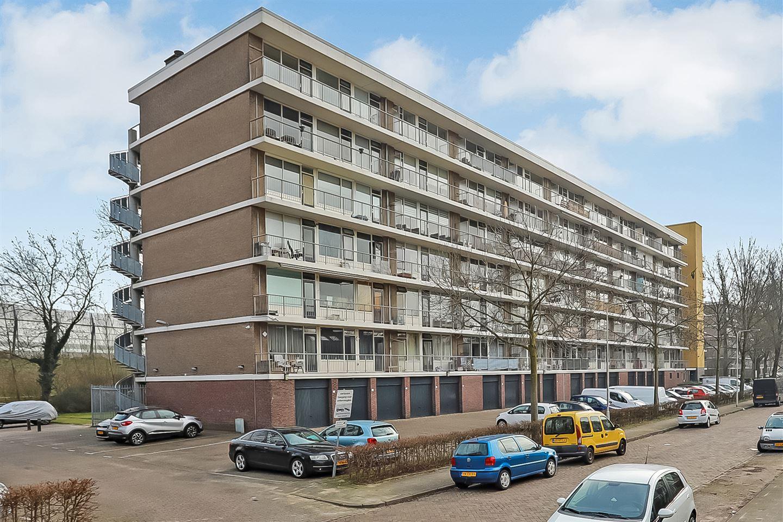 View photo 1 of Wijenburglaan 145