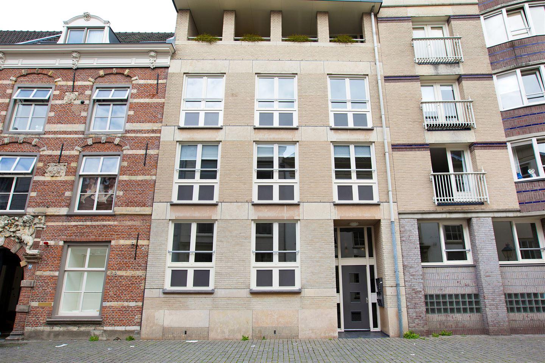 View photo 1 of Catharinastraat 15 B