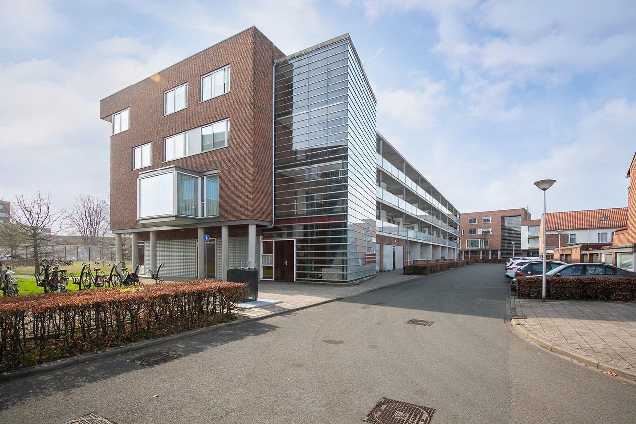 Bekijk foto 4 van Willem Barentszstraat 21