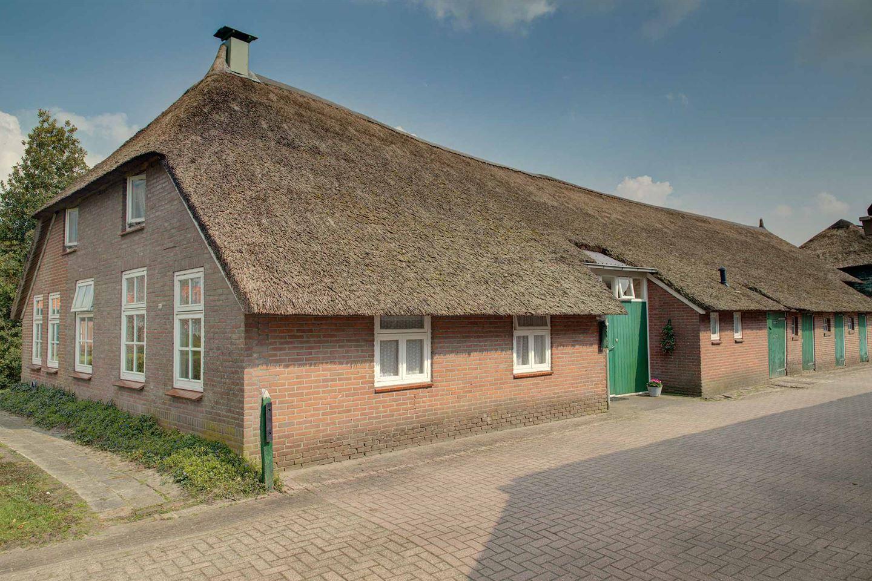Bekijk foto 4 van Oude Rijksweg 723
