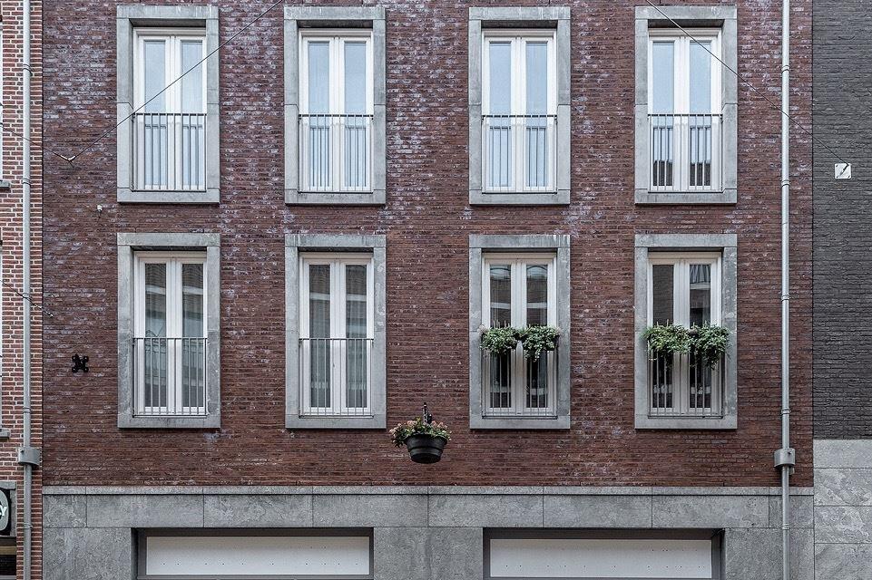 Bekijk foto 2 van Maasstraat 31