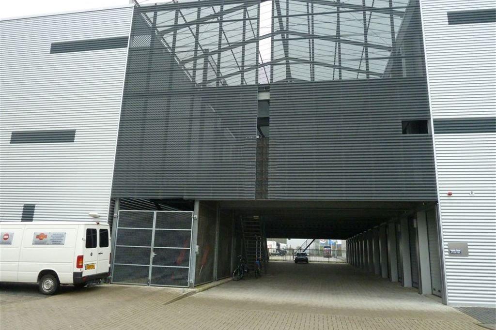 Bekijk foto 2 van Ondernemingsweg 85 -box 37