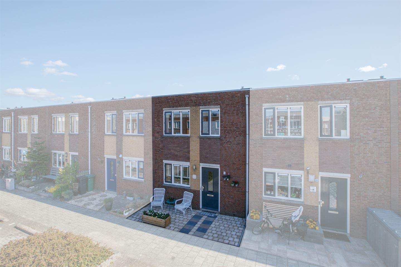 Bekijk foto 2 van Abraham van Lindenstraat 11