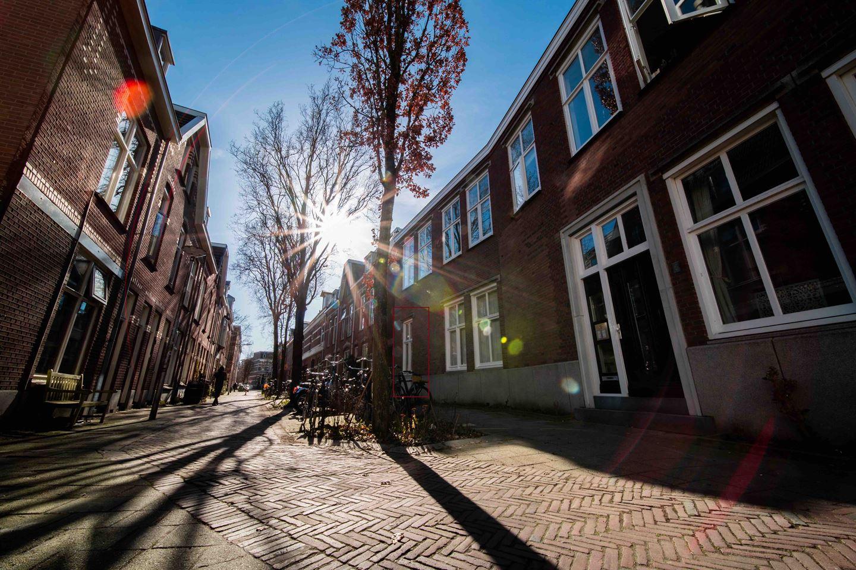 Bekijk foto 2 van Jan de Wittstraat 6