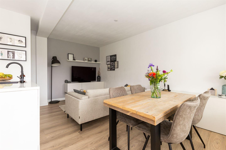 View photo 4 of Van Leeuwenhoekstraat 5 0011