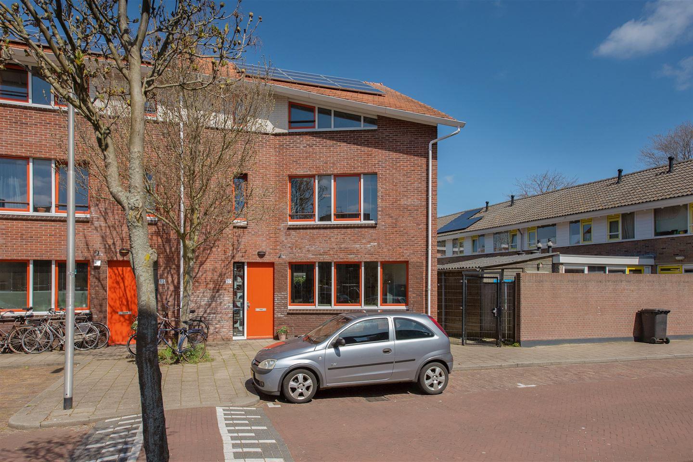 Bekijk foto 2 van Prof. Bosschastraat 37