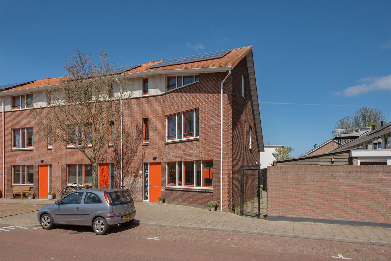 Bekijk foto 1 van Prof. Bosschastraat 37