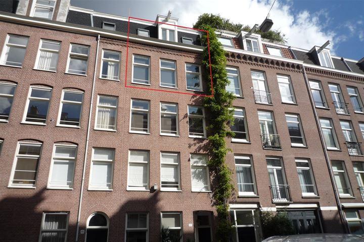 Pieter Baststraat 17 III
