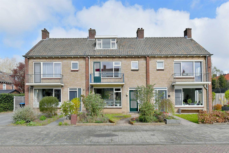 Bekijk foto 1 van Herman Gorterstraat 5