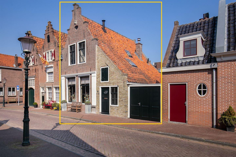 Bekijk foto 1 van Waagstraat 24