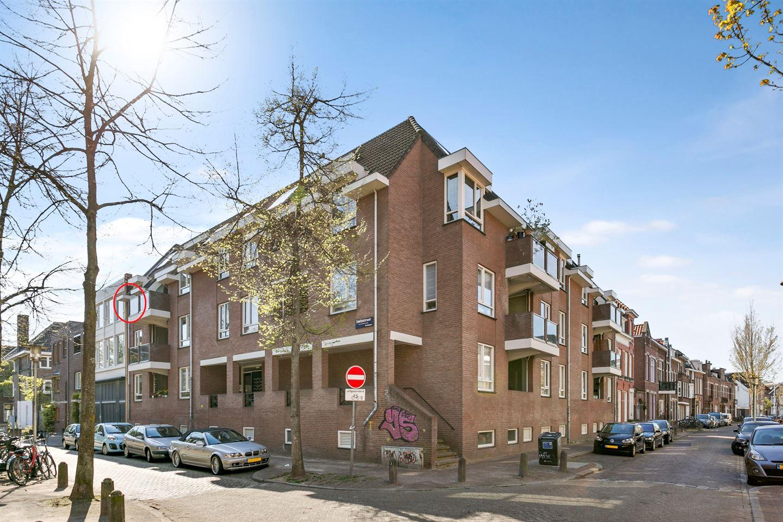 Bekijk foto 1 van Prins Hendrikstraat 42 E