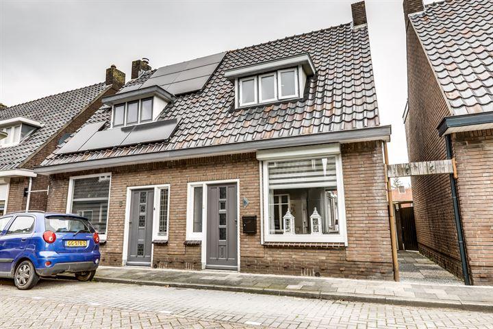 Tulpstraat 11