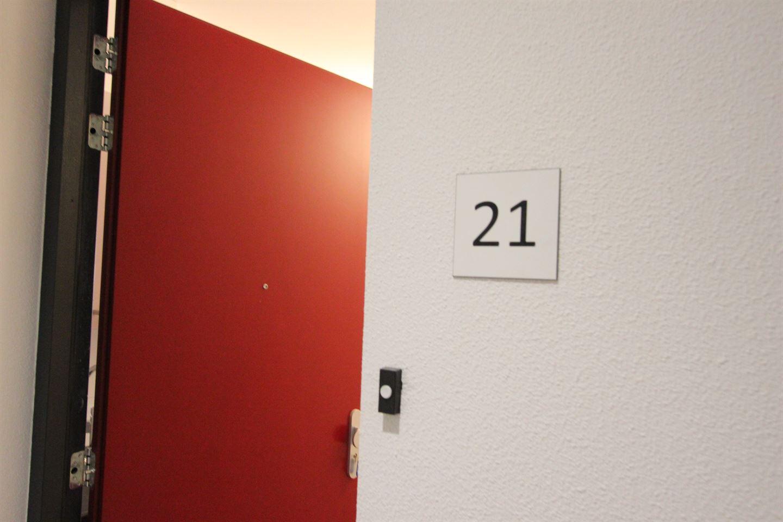 Bekijk foto 2 van Schilderhof 21