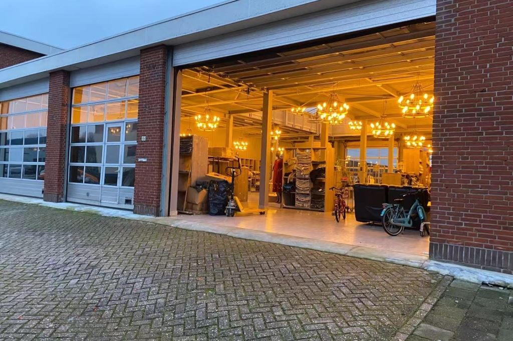 Bekijk foto 3 van Jan van Gentstraat 162 -166