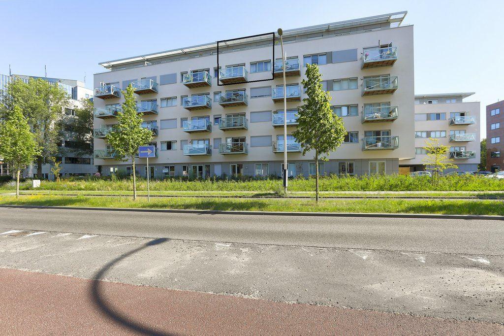 Bekijk foto 2 van Govert Flinckstraat 25 - E