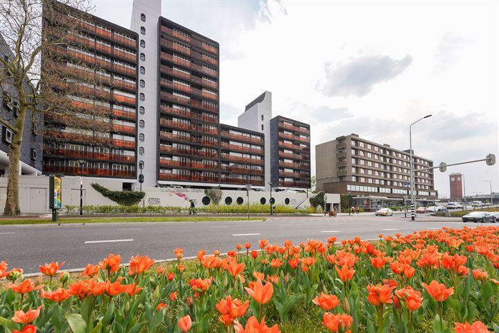 Burg. Hustinxstraat 192