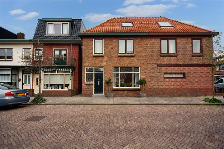 Vleetstraat 21