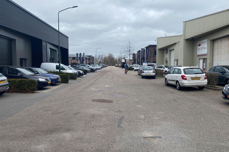 Bekijk foto 2 van Ambachtstraat 2