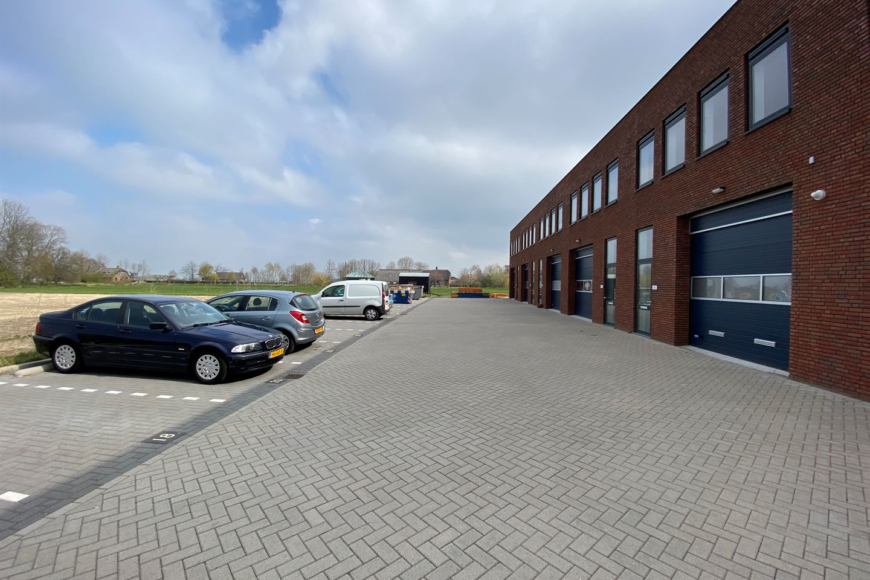 Bekijk foto 3 van J.G. van der Stoopweg 20