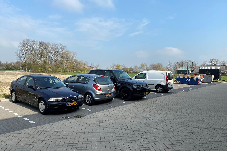Bekijk foto 4 van J.G. van der Stoopweg 20