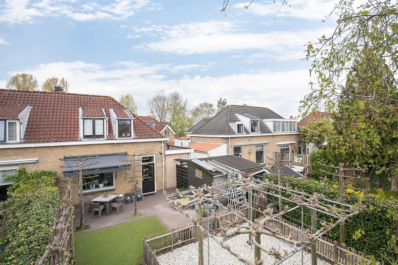 Bekijk foto 2 van Dr. Willem Vosstraat 18
