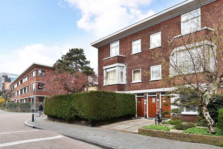 Bekijk foto 1 van Van der Aastraat 49