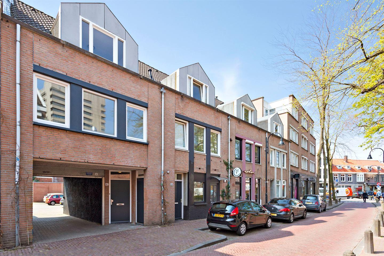 View photo 2 of Bergstraat 8 c