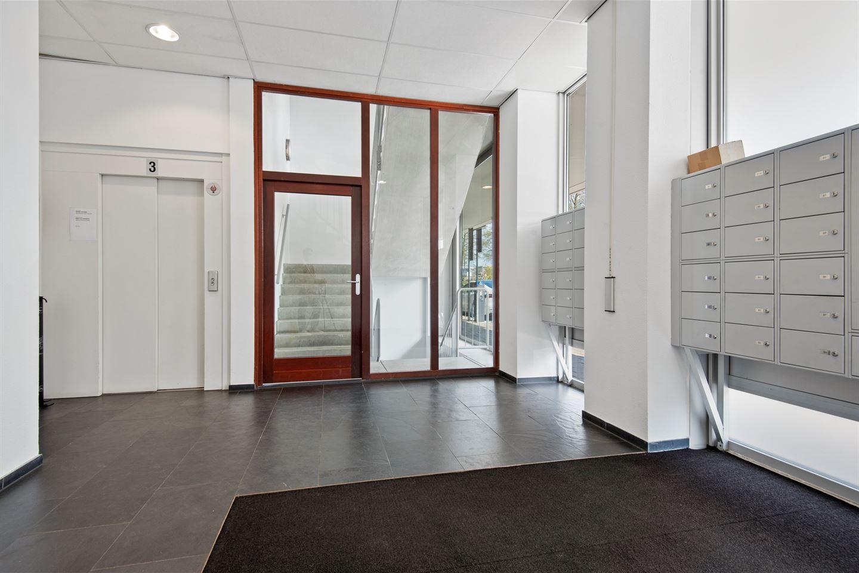 Bekijk foto 2 van Van Leijenberghlaan 8 T