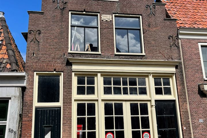 Grote Oost 107