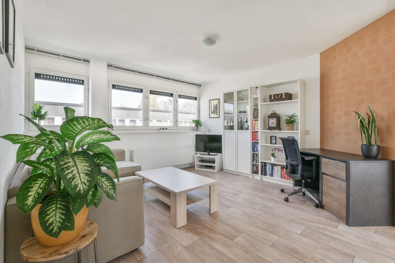 Bekijk foto 3 van Schovenstraat 32