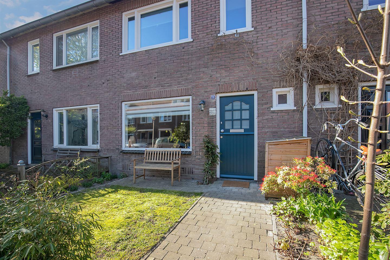 Bekijk foto 3 van Bergen op Zoomstraat 13